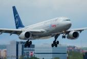 Air Europa, A330 landing at Madrid airport / José Luis Celada Euba