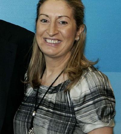 Ana Pastor in Nov 2007 by Partido Popular de Cataluña / Wikimedia Commons