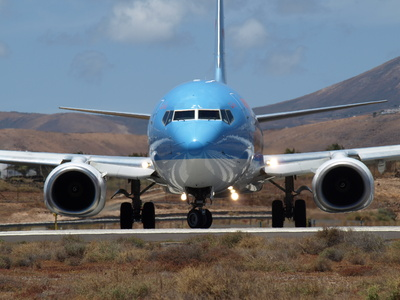 TUI aircraft in Lanzarote airport / Fotolia