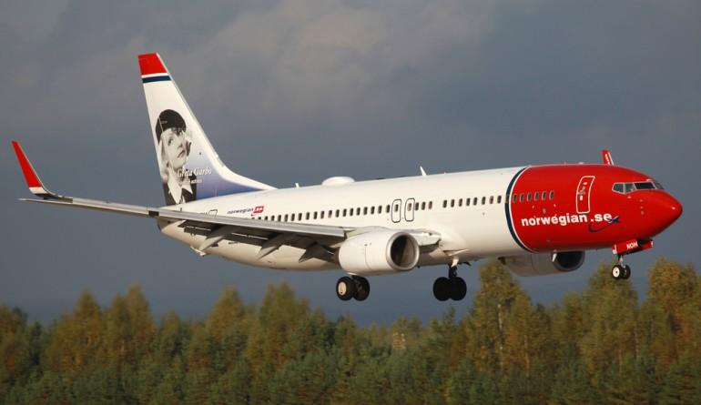 Norwegian aircraft by Markus Mainka / shutterstock.com