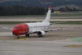 Norwegian B737 LN-KKW at Madrid / Aero Icarus