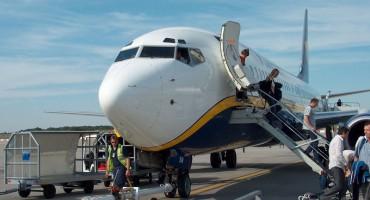 Ryanair flight-Low Cost airlines lost market
