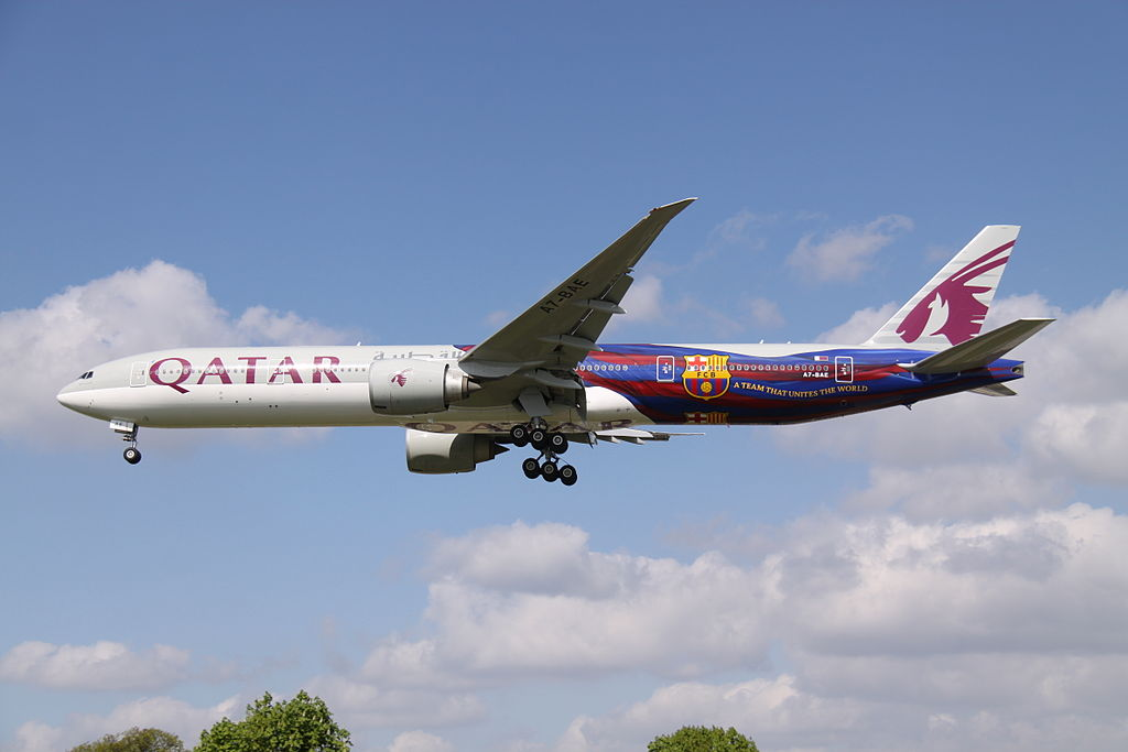 Boeing B773 Qatar In FC Barcelona At London Heathrow by David Osborn - Flickr