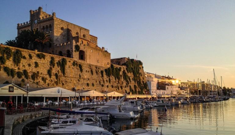 Ciutadella de Menorca by Pablo Fernández