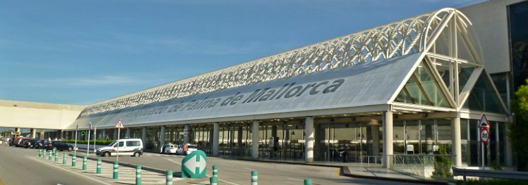Terminal C of Palma de Majorca Airport by Wusel007 - Wikimedia Commons