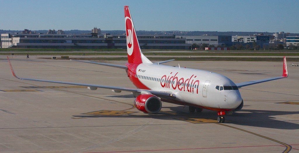 Air Berlin 737-700 in Palma de Mallorca by Colin Cooke Photo - Flickr