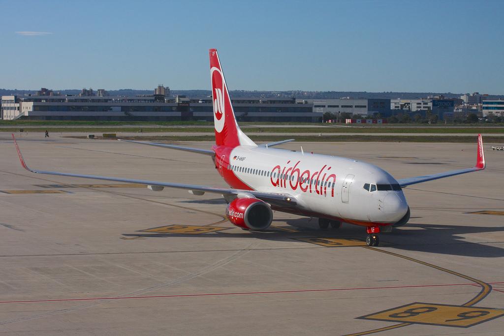 Air Berlin 737-700 in Palma de Mallorca by Colin Cooke Photo - Flickr